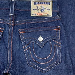 True Religion Straight Flap Pocket Jean Size 32